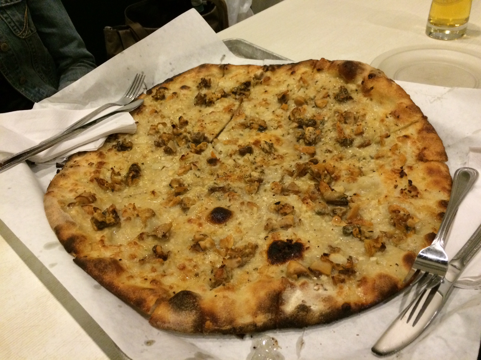 Pepes Clam Pie 3